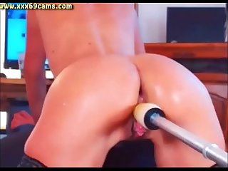Hot ass babe squirts on dildo machine