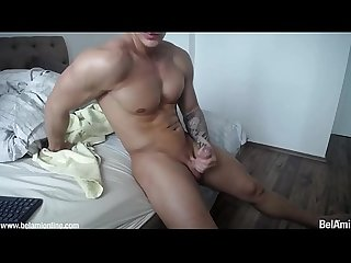 Live cam hot guy jerking off