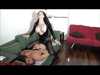 18 year old goth in pantyhose pegs a guy