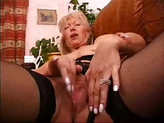 Mature wife masturbating loves to be watched real amateur