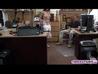 Amateur sexy babe willing to get fucked by a pawnshop staff to get some cash