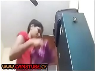 Indian Girl changing Clothes hidden cam - www.camstube.cf