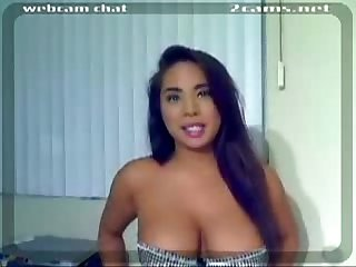 Girl with amazing curves on cam 2