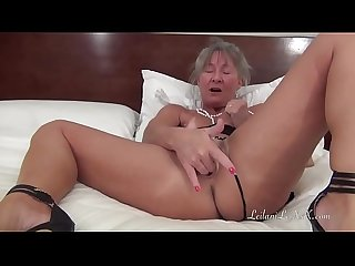 Milf masturbation vol 2