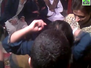 Full garam mahol wedding Mujra program