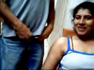 Desi couple loves flashing on webcam