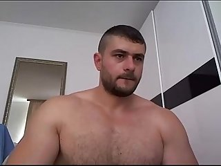 Fit guy cam showing off thick cock jerkit net