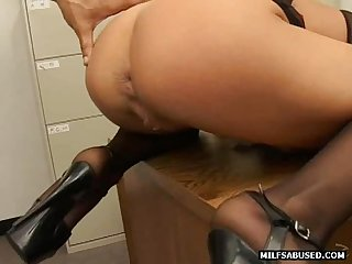 Blonde Milf wearing high heels does anal