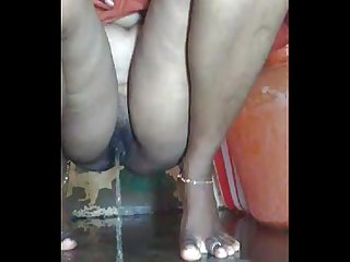 Desi village bhabhi bath video