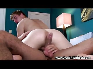 Horny guy ass fucks muscle butt in the bedroom