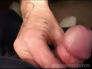 Mature Amateur Ed Beats Off