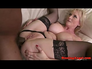 Interacial bigtitted mature lady analized