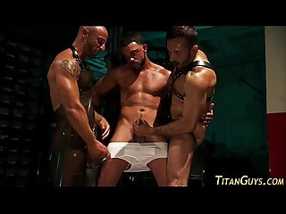 Kinky buff guys 3way fuck