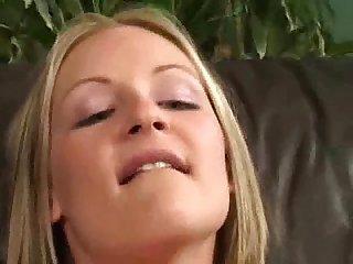 Blond anal masturbating