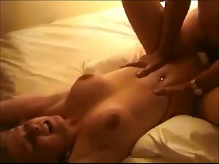 Hot amateur babe creampied on homemade