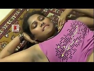 Telugu Desi girl enjoys foreplay showing naval and dark shaved armpits mp4