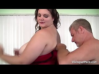 Big Beautiful Woman Slut gets her big fat ass some hard spanking