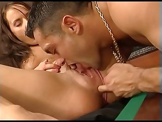 Im Billiardzimmer gev�gelt - Hard Fuck on Pooltable