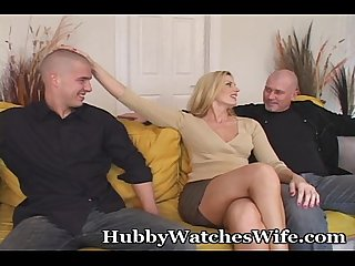 Mature pussy offered by hubby to younger guy