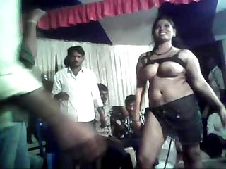 Telugu aunty sex dance in road