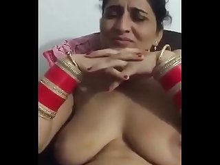Dickraising shooting of horny married naked punjabi bhabhi