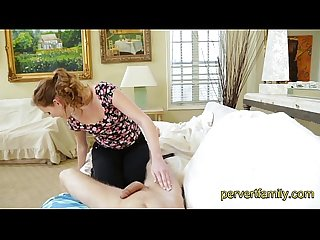 Massage from stepsister turns into blowjob