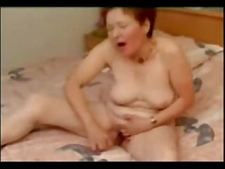 Hot sexy grandma masturbating good