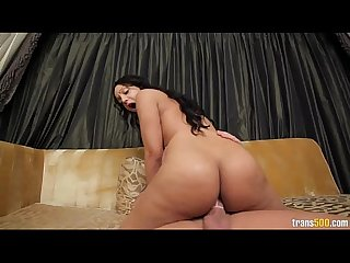 Latina Shemale Loves to Fuck Big Cocks