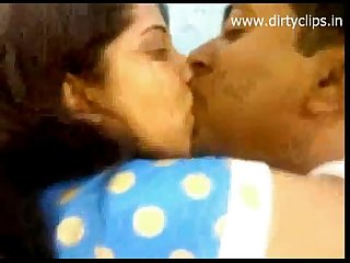 Longkiss scene of Desi couple