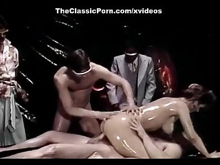Erica Boyer, Marc Wallice, Steve Powers in hardcore double penetration from vint