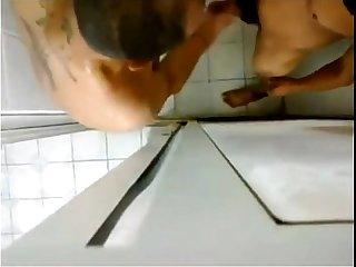 Foda no banheiro