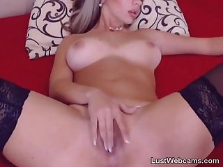 Busty hottie masturbates on webcam
