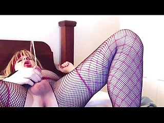 Horny slut ashleynewlycd pisses in her mouth