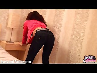 Flashing my panties in tight jeans gets me so wet