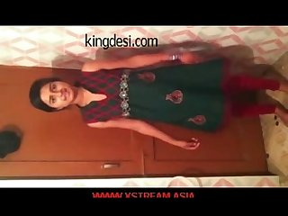 Desi teen indian Girl lipi home made mms