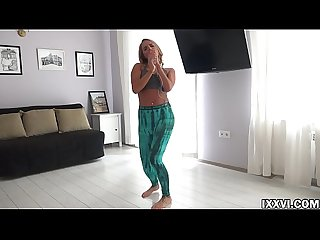 I dance twerk and suck dick my stepbrother Vira Gold