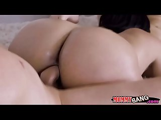 Cristal caraballo and jaye summers 3way