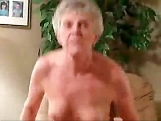 This horny granny still loves to be fucked