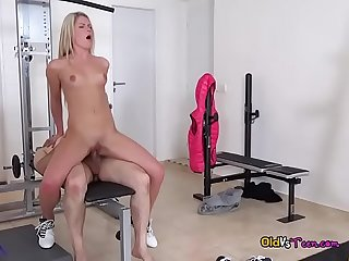 Horny Teen Martina D Gets Impaled And Jizzed On