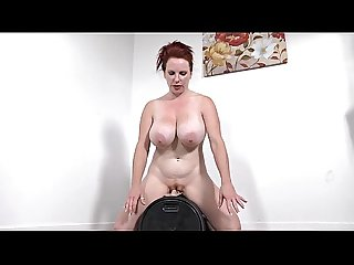 smoking hot redhead from TheMilfaholic(dot)com rides sybian