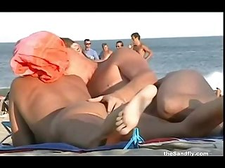 theSandfly Public Hot & Horny Beach Amateurs!