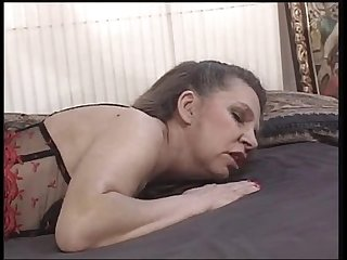 Mature mom gets her pussy pounded - xHamster.com