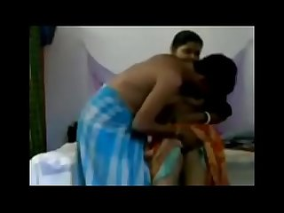 bhabhi wearing a sari played a sex game